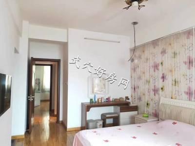 出售丽江豪园4室2厅2卫147平米93万住宅