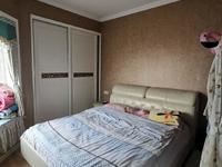 粮食路电梯小户型,两室两厅精装修,家具家电齐全拎包入住